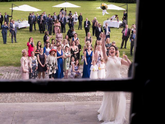 Le mariage de Tarran et Kate à Thuret, Puy-de-Dôme 58
