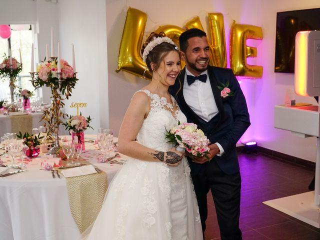 Le mariage de Ahmed et Laurie à Champigny-sur-Marne, Val-de-Marne 12