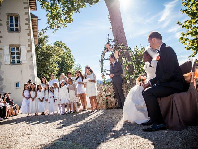 Le mariage de Amar et Corinne à Cruseilles, Haute-Savoie 12