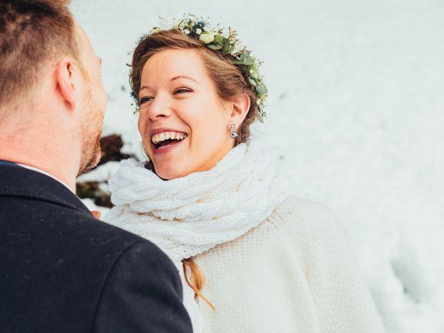 Le mariage de Cédric et Aurélie à Arêches, Savoie 14