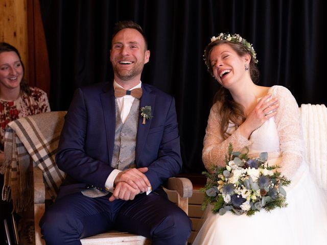 Le mariage de Cédric et Aurélie à Arêches, Savoie 24