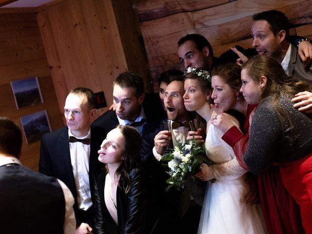 Le mariage de Cédric et Aurélie à Arêches, Savoie 33