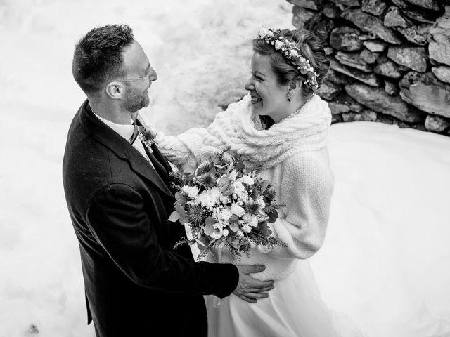 Le mariage de Cédric et Aurélie à Arêches, Savoie 13