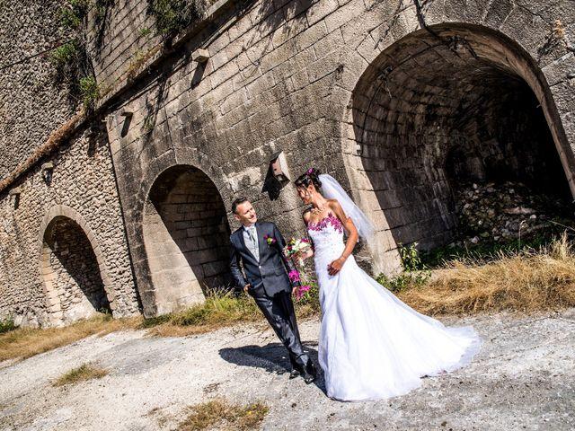 Le mariage de Aymeric et Lou à Bouère, Mayenne 15