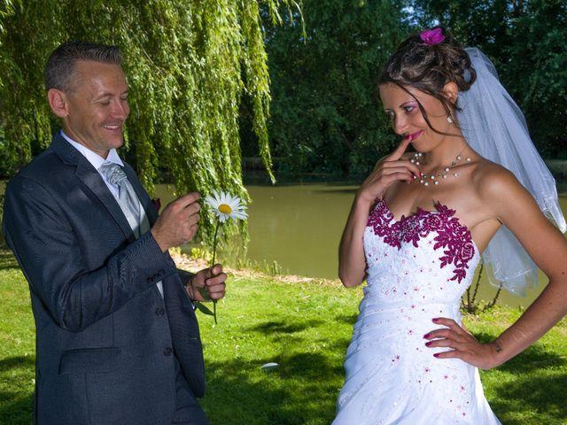 Le mariage de Aymeric et Lou à Bouère, Mayenne 26