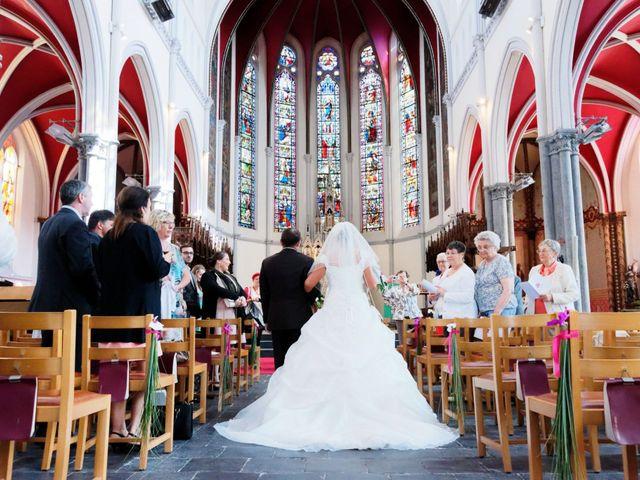 Le mariage de Sébastien et Cynthia à Halluin, Nord 4