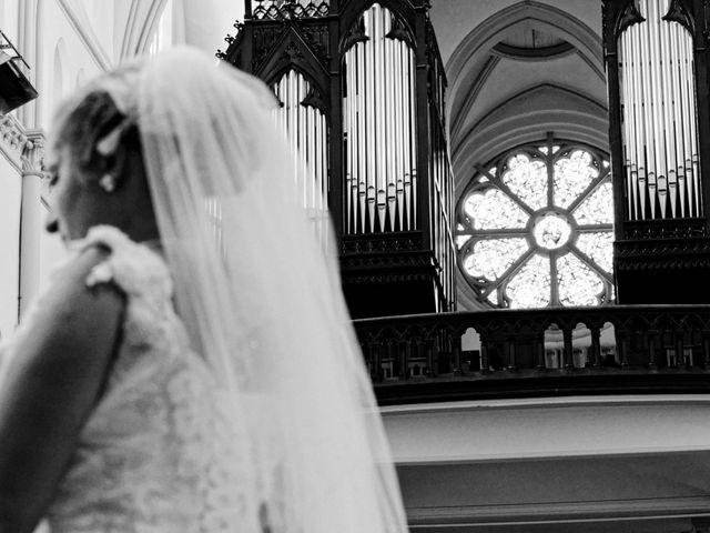 Le mariage de Sébastien et Cynthia à Halluin, Nord 7