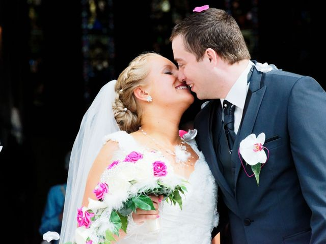 Le mariage de Sébastien et Cynthia à Halluin, Nord 9
