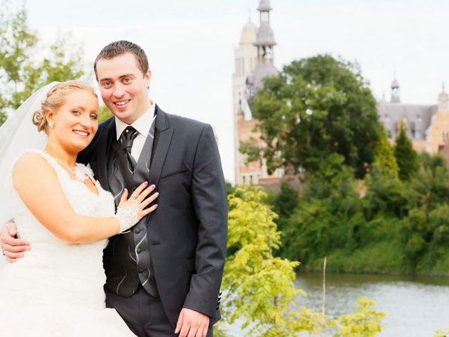 Le mariage de Sébastien et Cynthia à Halluin, Nord 12