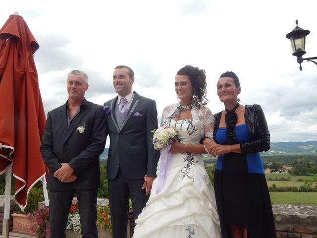Le mariage de Jean Alain et Aurore à Saint-Priest-Bramefant, Puy-de-Dôme 8