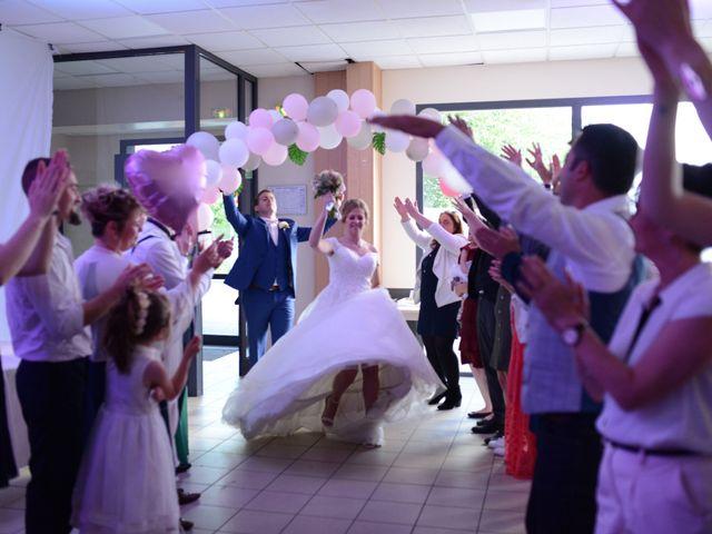 Le mariage de Thomas et Laurie à Lyon, Rhône 74