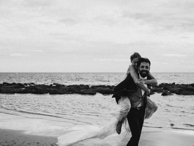Le mariage de Romain et Morgane à Le Cap d'Agde, Hérault 61