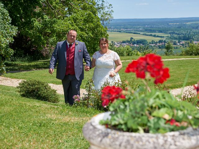 Le mariage de Denis et Ophélie à Saint-Pierre-du-Vauvray, Eure 34