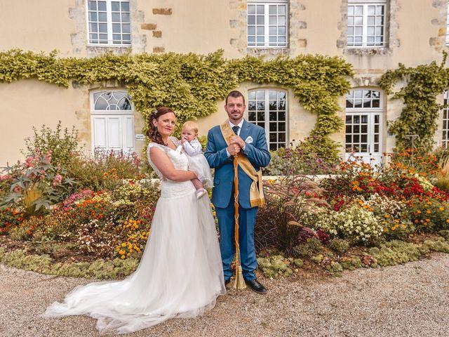 Le mariage de Jacques et Lucie à Bazoches-sur-Hoëne, Orne 8