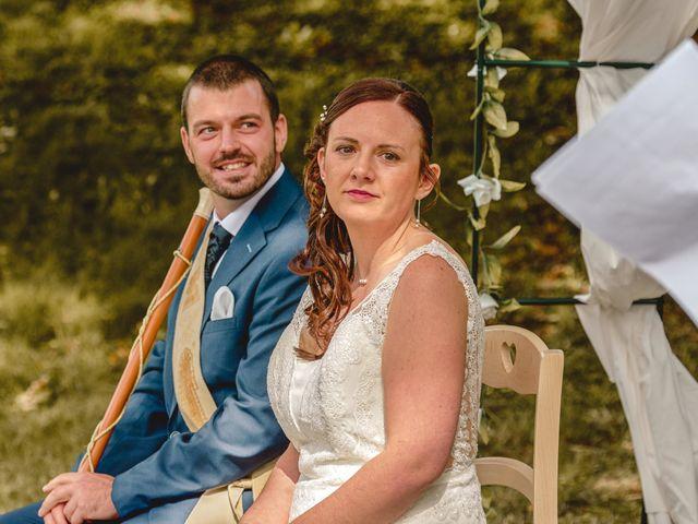 Le mariage de Jacques et Lucie à Bazoches-sur-Hoëne, Orne 30
