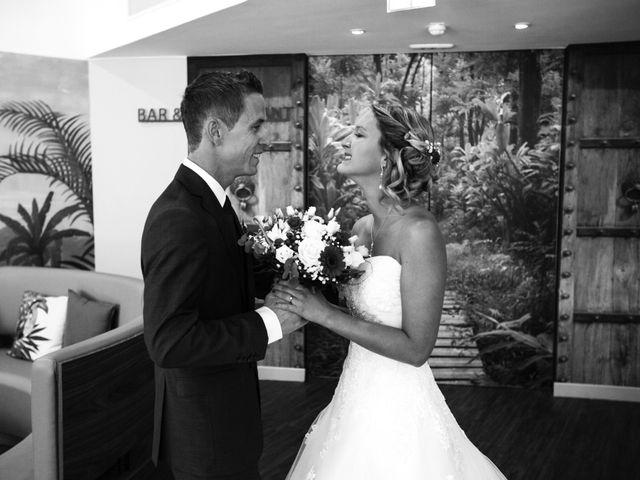 Le mariage de Clément et Elodie à Puyricard, Bouches-du-Rhône 23