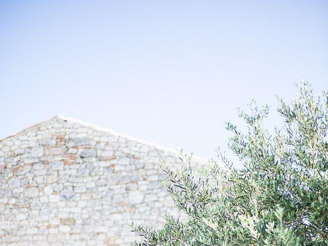 Le mariage de Anthony et Marion à Grignan, Drôme 4
