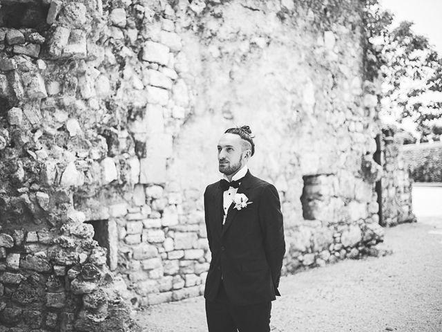 Le mariage de Anthony et Marion à Grignan, Drôme 24