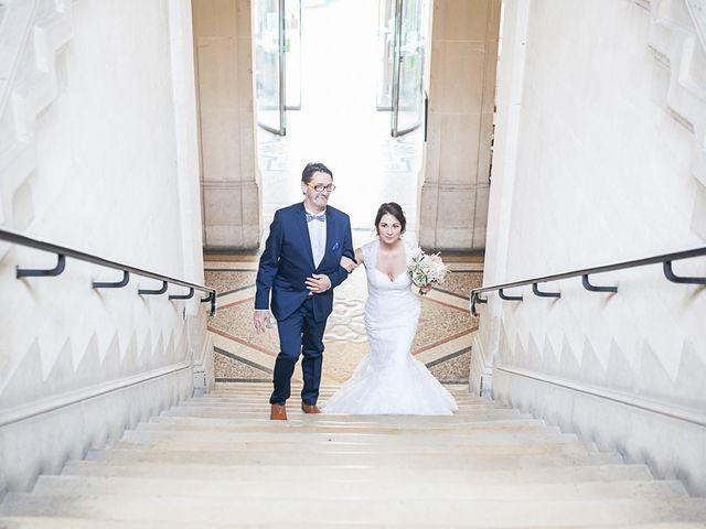Le mariage de Anthony et Marion à Grignan, Drôme 31