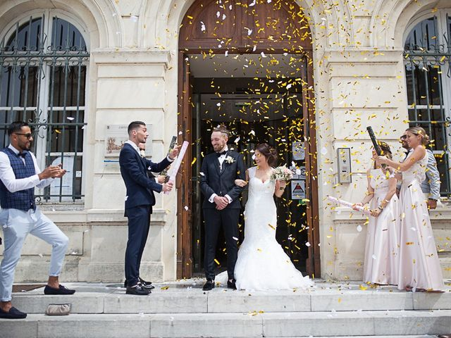 Le mariage de Anthony et Marion à Grignan, Drôme 38