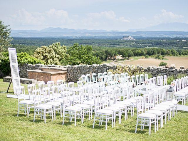 Le mariage de Anthony et Marion à Grignan, Drôme 39
