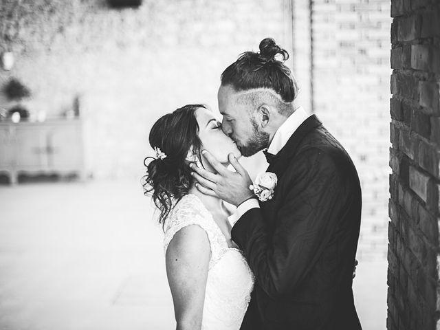 Le mariage de Anthony et Marion à Grignan, Drôme 45