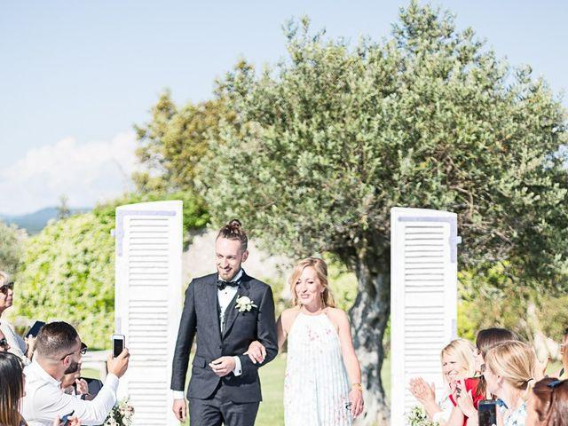 Le mariage de Anthony et Marion à Grignan, Drôme 54
