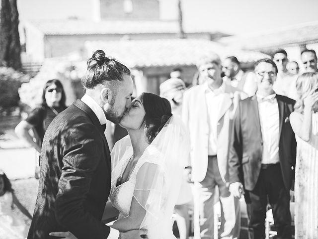 Le mariage de Anthony et Marion à Grignan, Drôme 56