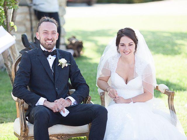 Le mariage de Anthony et Marion à Grignan, Drôme 61