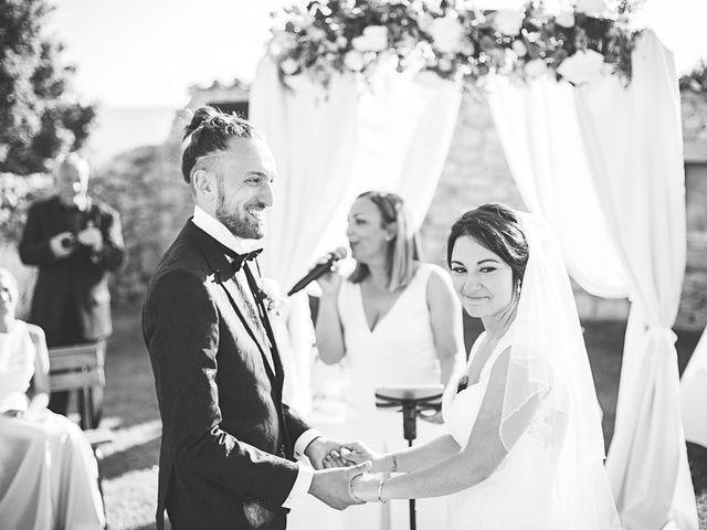 Le mariage de Anthony et Marion à Grignan, Drôme 63