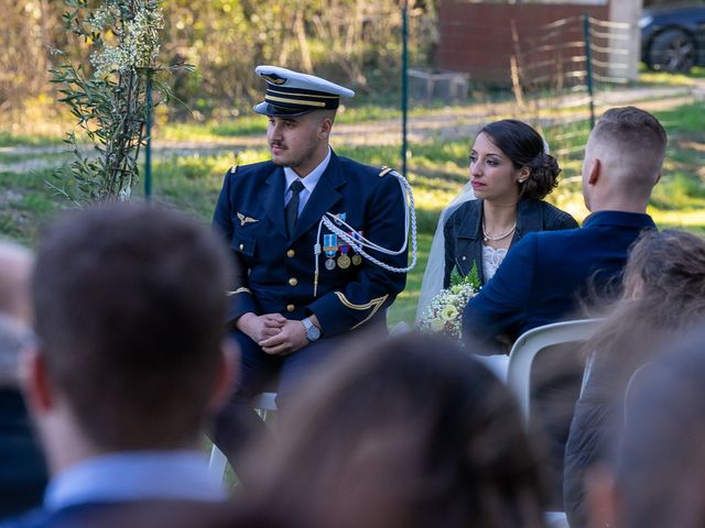 Le mariage de Axel et Hélène à Carpentras, Vaucluse 3