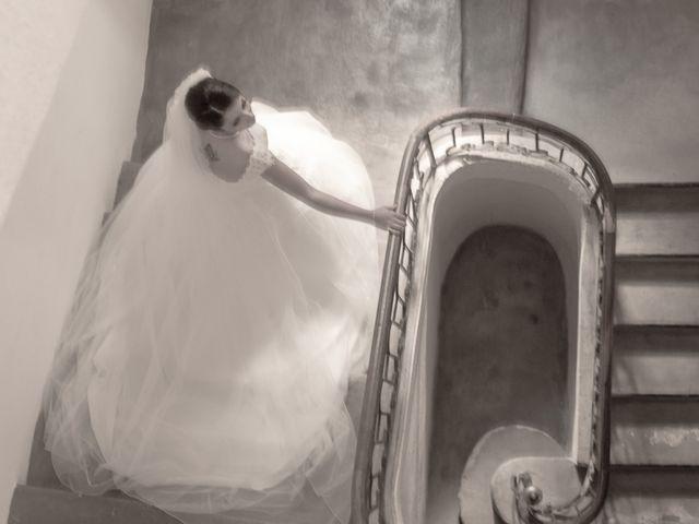 Le mariage de Axel et Hélène à Carpentras, Vaucluse 8