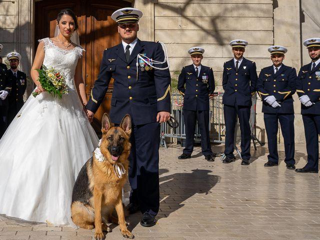 Le mariage de Axel et Hélène à Carpentras, Vaucluse 11