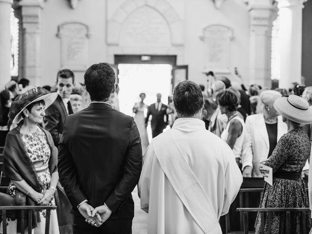 Le mariage de Florian et Valentine à Saint-Vérand, Rhône 13