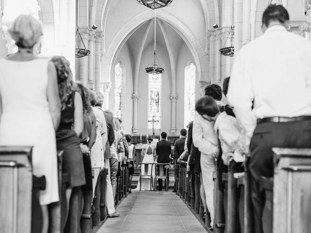 Le mariage de Florian et Valentine à Saint-Vérand, Rhône 14