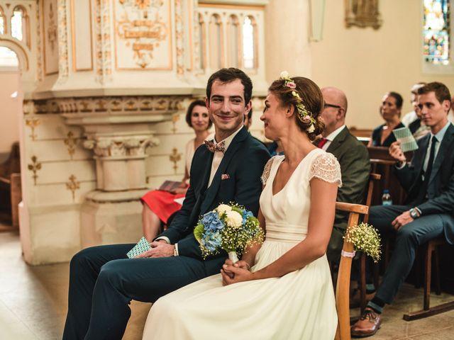 Le mariage de Florian et Valentine à Saint-Vérand, Rhône 15