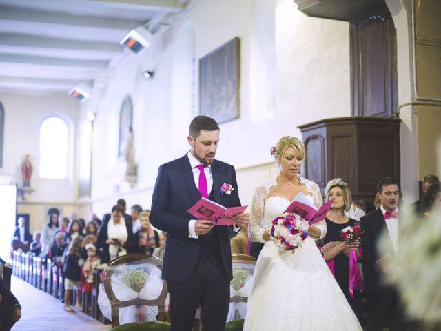 Le mariage de Thibault et Aurélie à Saint Léger en Bray, Oise 33