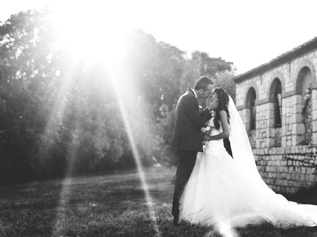 Le mariage de Olivier et Vanthy à Saint-Zacharie, Var 8