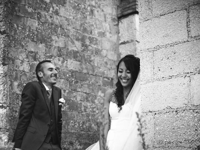 Le mariage de Olivier et Vanthy à Saint-Zacharie, Var 10