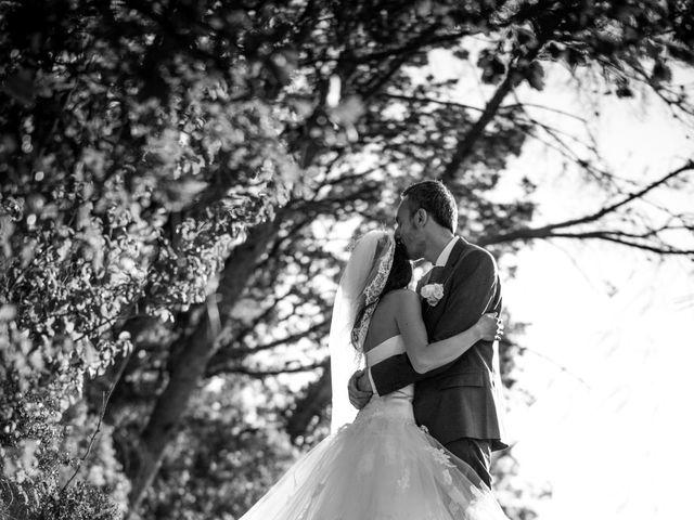 Le mariage de Olivier et Vanthy à Saint-Zacharie, Var 12