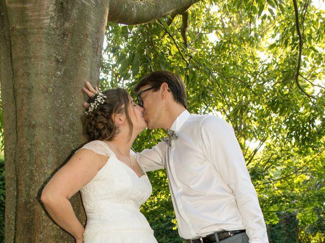 Le mariage de Mike et Camille à Salon-de-Provence, Bouches-du-Rhône 17