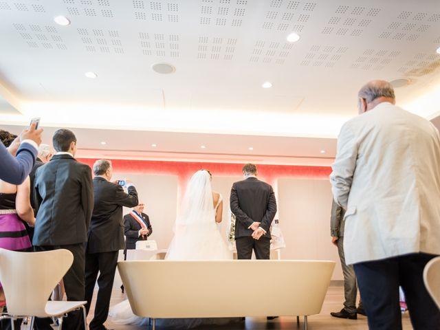 Le mariage de William et Elodie à Saint-Priest, Rhône 15