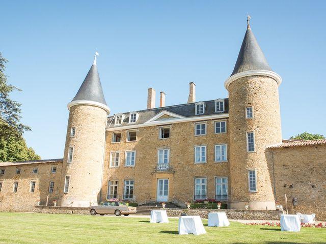 Le mariage de William et Elodie à Saint-Priest, Rhône 32