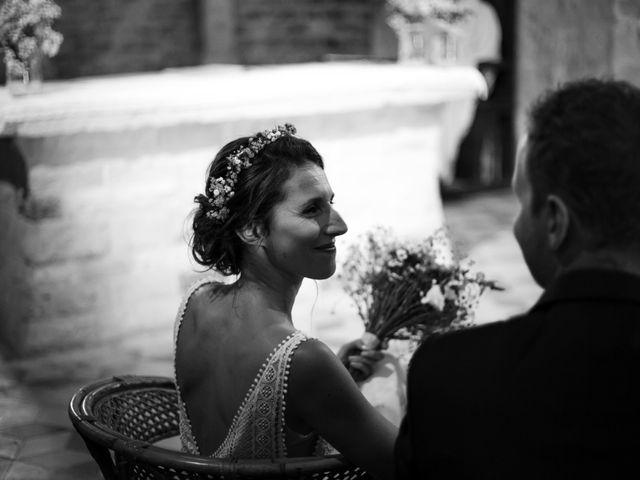 Le mariage de Jérôme et Emmanuelle à Nyons, Drôme 9