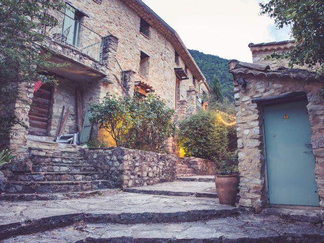 Le mariage de Jérôme et Emmanuelle à Nyons, Drôme 17