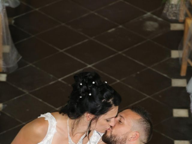 Le mariage de Florient et Angélina à Calais, Pas-de-Calais 12