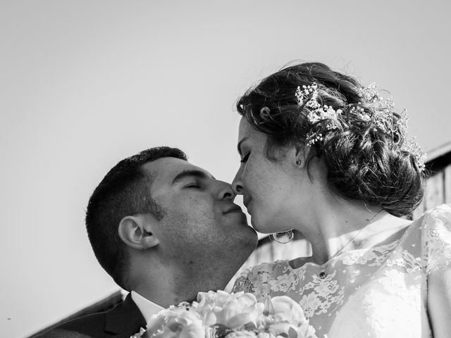 Le mariage de Walid et Laura à Choué, Loir-et-Cher 9