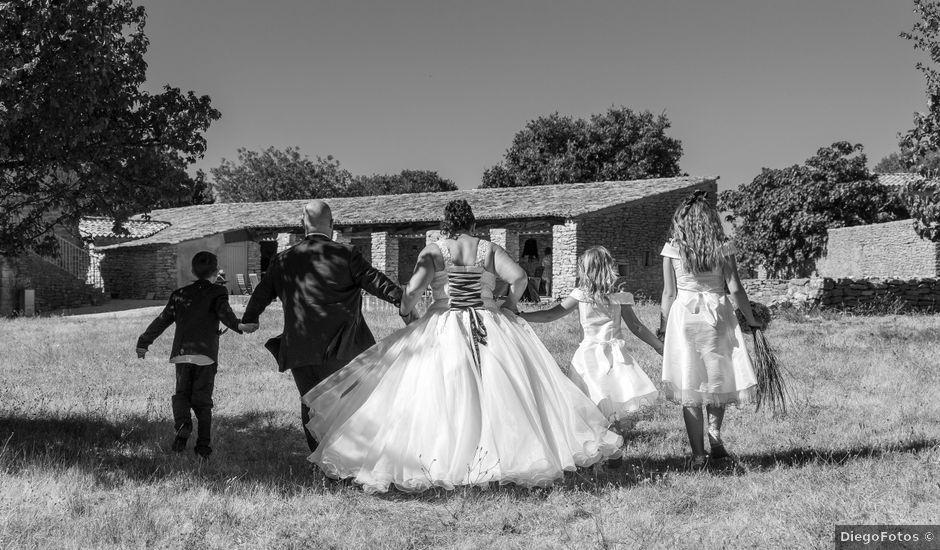 Le mariage de Nicolas et Aurélie à Saint-Hilaire-de-Beauvoir, Hérault