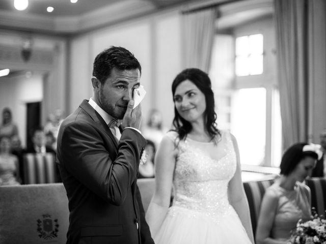 Le mariage de Julien et Zuzanna à Aix-les-Bains, Savoie 14