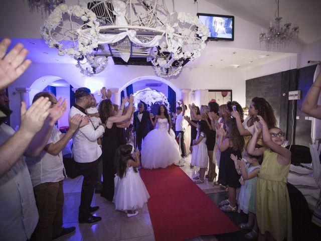 Le mariage de David et Delhia à Marseille, Bouches-du-Rhône 31